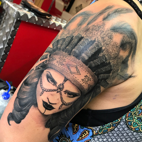 Tattoo, Best Tattoo, Colchester, Essex, Tattoo art, Tattoo Artist, Tattoos, Tattoo design, Top Tattoo, Black & grey Tattoo, reds tattoo, sonya trusty, essex tattoo, colchester, realism tattoo, native american, red indian tattoo, headdress