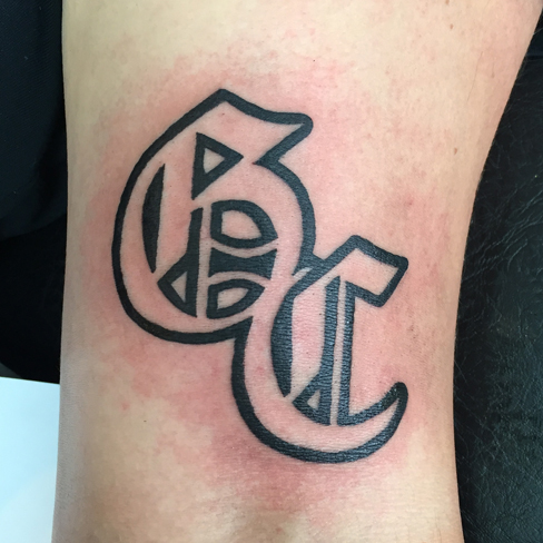 Tattoo, Best Tattoo, Colchester, Essex, Tattoo art, Tattoo Artist, Tattoos, Tattoo design, Top Tattoo, reds tattoo, anna kowacka, essex tattoo, colchester, tattoo ideas, good charlotte, good charlotte tattoo, band logo, music tattoo, punk rock