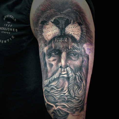 Tattoo, Best Tattoo, Colchester, Essex, Tattoo art, Tattoo Artist, Tattoos, Tattoo design, Top Tattoo, Black & grey Tattoo, reds tattoo, sonya trusty, essex tattoo, colchester, realism tattoo, tattoo ideas, portrait, bear, realistic bear, man tattoo, male tattoo, half sleeve, full sleeve
